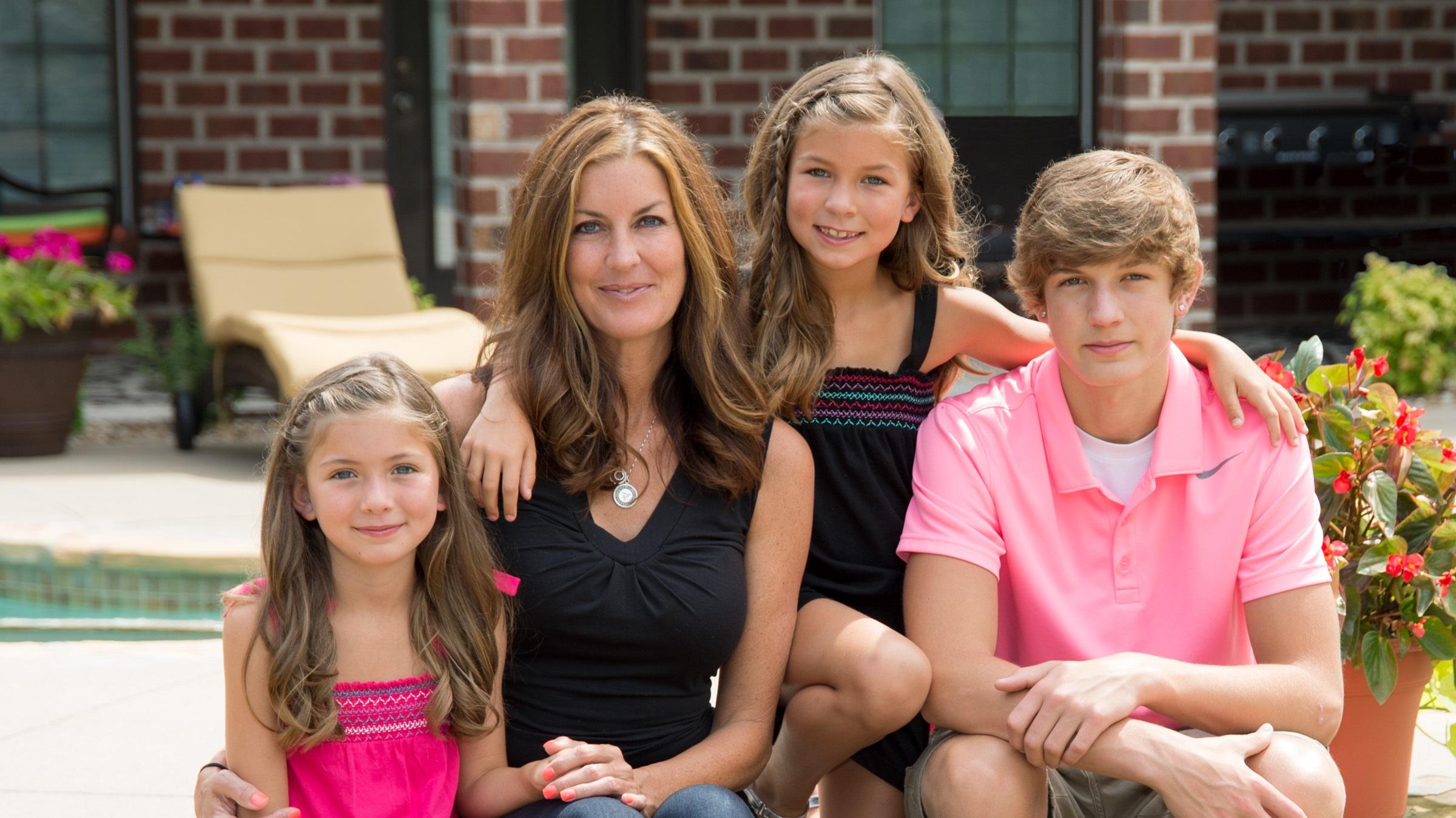 madra jones family itworks millionaire